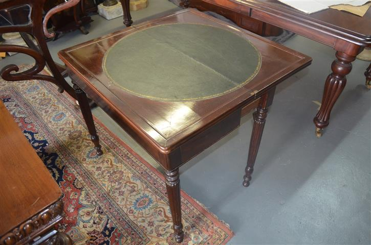 Louis Philippe game table, mahogany, s. XIX